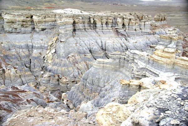 ウスチュルト台地(カザフスタン)Ustyurt Plateau in Kazakhstan