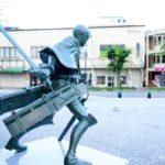 大分日田にあの絶望が蘇る!『進撃の巨人』銅像誕生